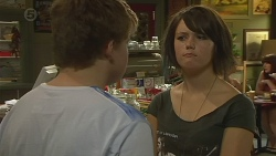 Callum Jones, Sophie Ramsay in Neighbours Episode 6401