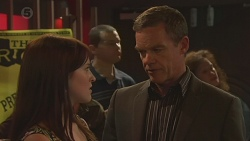 Summer Hoyland, Paul Robinson in Neighbours Episode 6401