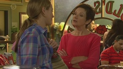 Sonya Mitchell, Susan Kennedy in Neighbours Episode 6402