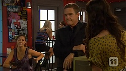 Jade Mitchell, Paul Robinson, Kate Ramsay in Neighbours Episode 6405
