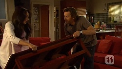 Vanessa Villante, Lucas Fitzgerald in Neighbours Episode 6407
