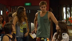 Sophie Ramsay, Jade Mitchell, Kyle Canning, Kate Ramsay in Neighbours Episode 6407