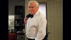 Lou Carpenter in Neighbours Episode 6410