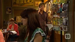 Summer Hoyland, Andrew Robinson in Neighbours Episode 6411