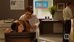 Summer Hoyland, Susan Kennedy in Neighbours Episode 6414