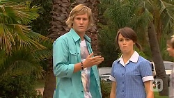 Andrew Robinson, Sophie Ramsay in Neighbours Episode 6414