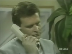 Des Clarke in Neighbours Episode 0240