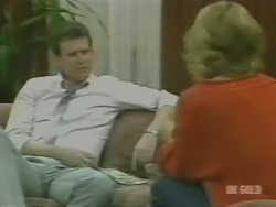 Des Clarke, Andrea Townsend in Neighbours Episode 0241