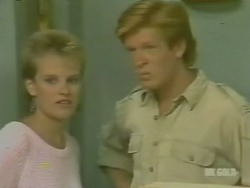 Daphne Clarke, Clive Gibbons in Neighbours Episode 0242