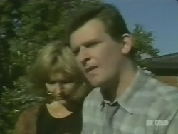 Andrea Townsend, Des Clarke in Neighbours Episode 0242