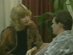 Andrea Townsend, Des Clarke in Neighbours Episode 0243