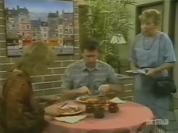 Andrea Townsend, Des Clarke, Eileen Clarke in Neighbours Episode 0243