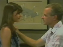 Zoe Davis, Jim Robinson in Neighbours Episode 0244