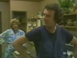 Madge Bishop, Max Ramsay in Neighbours Episode 0244