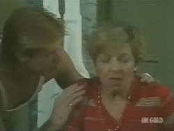 Clive Gibbons, Eileen Clarke in Neighbours Episode 0246