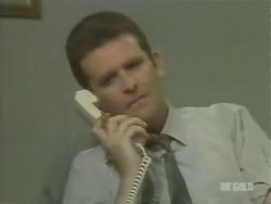Des Clarke in Neighbours Episode 0246