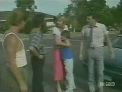 Clive Gibbons, Gavin McKinley, Andrea Townsend, Bradley Townsend, Des Clarke in Neighbours Episode 0246