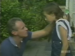 Jim Robinson, Lucy Robinson in Neighbours Episode 0247