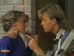 Charlene Mitchell, Scott Robinson in Neighbours Episode 0739