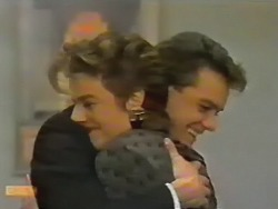 Gail Robinson, Paul Robinson in Neighbours Episode 0740
