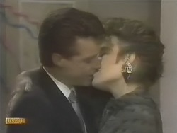Paul Robinson, Gail Robinson in Neighbours Episode 0741