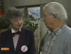 Nell Mangel, John Worthington in Neighbours Episode 0748