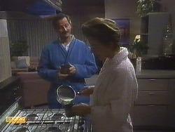 Ian Chadwick, Gail Robinson in Neighbours Episode 0758