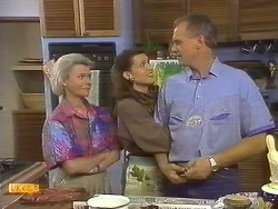 Helen Daniels, Beverly Marshall, Jim Robinson in Neighbours Episode 0759
