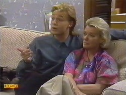 Scott Robinson, Helen Daniels in Neighbours Episode 0759