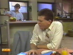 Mike Young, Des Clarke in Neighbours Episode 0759
