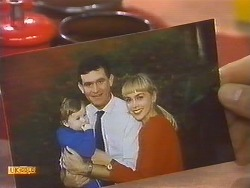 Jamie Clarke, Des Clarke, Jane Harris in Neighbours Episode 0759