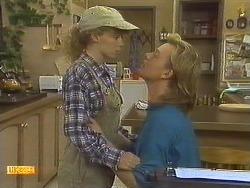 Charlene Mitchell, Scott Robinson in Neighbours Episode 0759