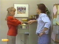 Jane Harris, Mike Young in Neighbours Episode 0759