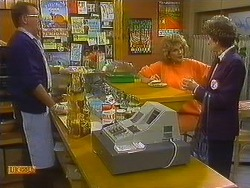 Harold Bishop, Madge Bishop, Nell Mangel in Neighbours Episode 0761