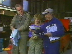 Jim Robinson, Charlene Robinson, Rob Lewis in Neighbours Episode 0762