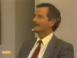 Ian Chadwick in Neighbours Episode 0762