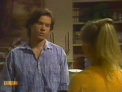 Mike Young, Jane Harris in Neighbours Episode 0762