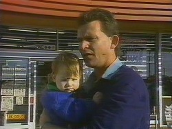 Jamie Clarke, Des Clarke in Neighbours Episode 0764
