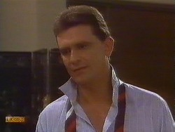 Des Clarke in Neighbours Episode 0764