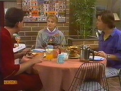 Des Clarke, Bronwyn Davies, Mike Young in Neighbours Episode 0765