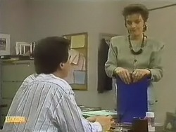 Paul Robinson, Gail Robinson in Neighbours Episode 0798