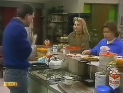 Des Clarke, Bronwyn Davies, Mike Young in Neighbours Episode 0800