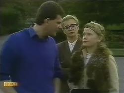 Des Clarke, Penelope Porter, Sharon Davies in Neighbours Episode 0801