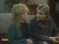 Sharon Davies, Nick Page in Neighbours Episode 0801