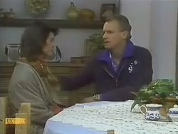 Beverly Marshall, Jim Robinson in Neighbours Episode 0801