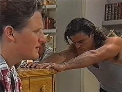 Greg Bartlett, Wayne Duncan in Neighbours Episode 1867