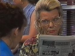 Pam Willis, Helen Daniels in Neighbours Episode 1870