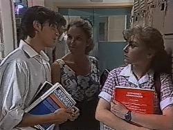 Rick Alessi, Julie Robinson, Debbie Martin in Neighbours Episode 1870