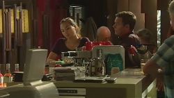 Jade Mitchell, Paul Robinson in Neighbours Episode 6333