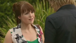 Summer Hoyland, Andrew Robinson in Neighbours Episode 6333